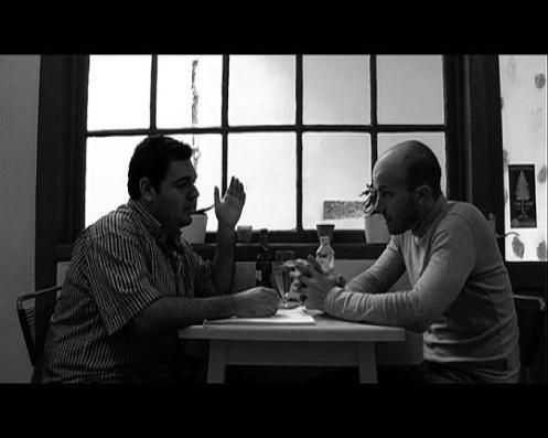 Daniel Hernández María y Santi López en un momento del cortometraje AGUA MINERAL